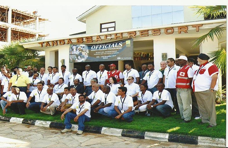 بن سليّم: الإمارات قامت بتقديم البرنامج التدريبي الـ 25 في أكثر من 18 دولة آخرها في تنزانيا للمساعدة في إطلاقها لرياضة الكارتينغ
