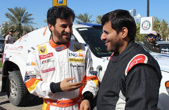 رئيس نادي الإمارات للسيارات يجلس مجددا خلف المقود للمشاركة ودعم بطولة الإمارات للراليات