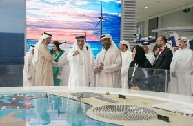 حامد بن زايد يزور أسبوع أبوظبي للاستدامة