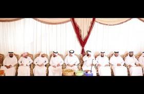 حاكم رأس الخيمة يقدم واجب العزاء في وفاة علي بن سيف بن علي الخاطري