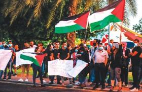 فتح وحماس تعلنان الوحدة ضد مخطط الضم