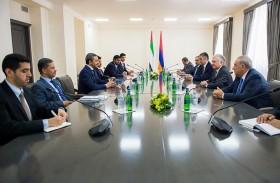 عبدالله بن زايد يلتقي وزير خارجية أرمينيا