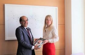 «الامارات الطبية»  تبحث التعاون مع بريطانيا في قطاع الرعاية الصحية