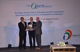 جمارك دبي تحوز جائزة عالمية في الابتكار من