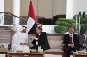 محمد بن زايد يبحث مع نائب رئيس الوزراء الروسي عددا من القضايا الإقليمية والدولية