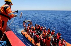 القضاء الإيطالي يحجز سفينة لإنقاذ المهاجرين