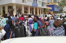 شهران على تظاهرات السودان والجمود سيد الموقف