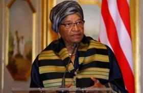 رئيسة ليبيريا السابقة تفوز بجائزة مو إبراهيم