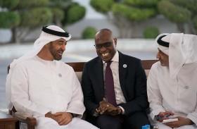 محمد بن زايد يتلقى رسالة من  رئيس السنغال ينقلها مبعوثه الخاص