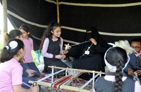 لجنة سيدات «نادي تراث الإمارات» تختتم فعاليات «عود الرّايح»