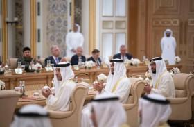 محمد بن زايد و الرئيس الروسي يشهدان تبادل اتفاقيات ومذكرات تفاهم بين البلدين