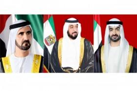رئيس الدولة ونائبه ومحمد بن زايد يهنئون حاكم عام بليز بذكرى استقلال بلاده