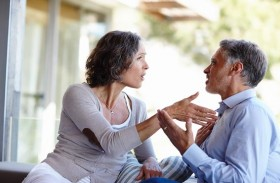 الإصغاء الجيد.. تقدير مشاعر الآخر وأفكاره وأحاسيسه