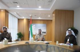بلحيف النعيمي يطلق شبكة أبحاث تغير المناخ في الإمارات