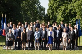 حكومة فيليب الثاني: العبر الخمس من التعديل الوزاري