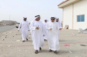 راشد النعيمي يوجه بمعالجة الأضرار الناجمة عن سوء الأحوال الجوية بمنطقة المنامة
