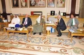 حمدان بن راشد يستقبل رئيس مجلس الأعيان الأردني