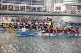 مشاركة واسعة وتنافس مثير في مهرجان قوارب التنين بدبي