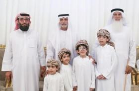 نهيان بن مبارك يقدم واجب العزاء لذوي الشهيدين ناصر الكعبي وسعيد المنصوري