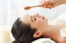 فوائد واستخدامات تجميلية للعسل