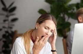الشعور بالنعاس الدائم طوال اليوم يُسبب الزهايمر