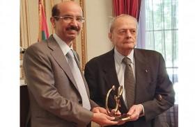 جائزة محمد بن راشد للغة العربية تكرم أندريه ميكيل