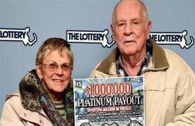 زوجان يربحان مليون دولار بفارق أشهر