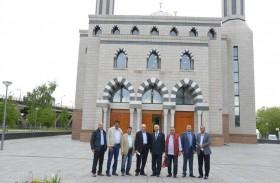 حمدان بن راشد يوجه بالتبرع بـ 90 ألف يورو لتشجير الحديقة المقابلة لمسجد السلام في هولندا