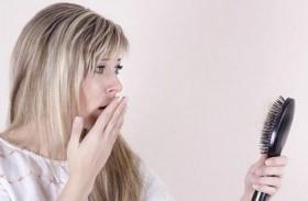 5 أسباب وراء تساقط الشعر