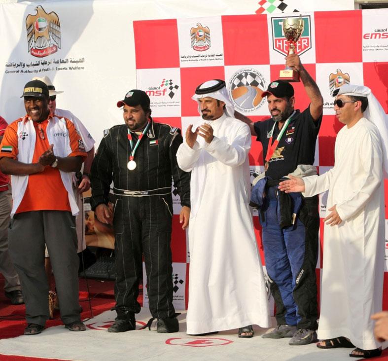 أكثر من 80 سائقاً ودراجاً ينافسون في أولى جولات البطولة الإماراتية الصحراوية الجديدة