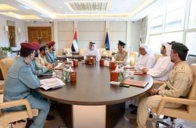سيف بن زايد يطلع على آخر الاستعدادات لـ«تمرين أمن الخليج 2»