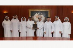 محاكم دبي توقع اتفاقية تعاون مع «مجموعة اتصالات»