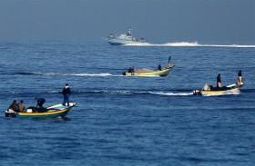 الاحتلال يطلق النار على الصيادين والمزارعين في غزة