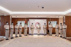 شرطة أبوظبي تطلق ميثاق التزام القادة بخدمة المتعاملين وإسعادهم