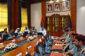 سيف بن زايد يشهد اجتماعا لمجلس السعادة والايجابية لوزارة الداخلية