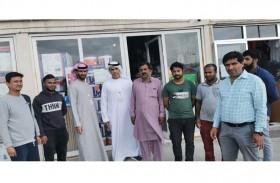 بلدية مدينة أبوظبي تنفذ حملات توعوية باللغتين العربية والأوردية لعمال مصفح الصناعية