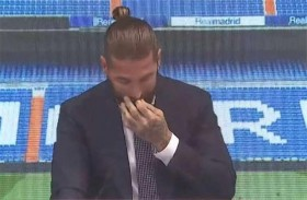 راموس يجهش بالبكاء خلال وداعه ريال مدريد