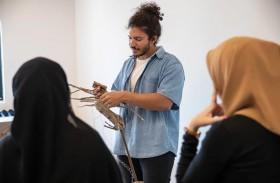 دائرة الثقافة والسياحة – أبوظبي تفتح باب التسجيل في الدورة الثالثة من برنامج المجمّع الثقافي للإقامة الفنية لموسم 2021