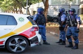 مقتل 5 شرطيين وجندي  في هجوم بجنوب افريقيا