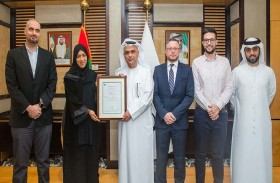مواصلات الإمارات تطبق المعيار المحدث لنظامي إدارة الجودة والبيئة