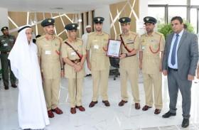شرطة دبي تحصل على الاعتماد العالمي لمعايير الايزو 20400