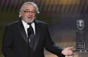 دي نيرو يهاجم ترامب خلال استلام جائزة نقابة ممثلي الشاشة