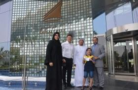 الإمارات لمتلازمة داون تتسلم تبرعا ماليا من نادي دبي للجولف في إطار عام الخير