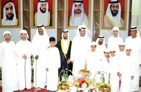 سعيد بن طحنون يحضر زفاف ظافر حميد دلموج الظاهري