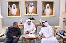 حمدان بن زايد يستقبل رئيس وزراء ولاية كيرلا الهندية