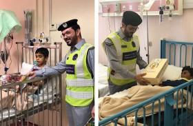 شرطة مجتمعية المعمورة يزور الأطفال وكبار السن