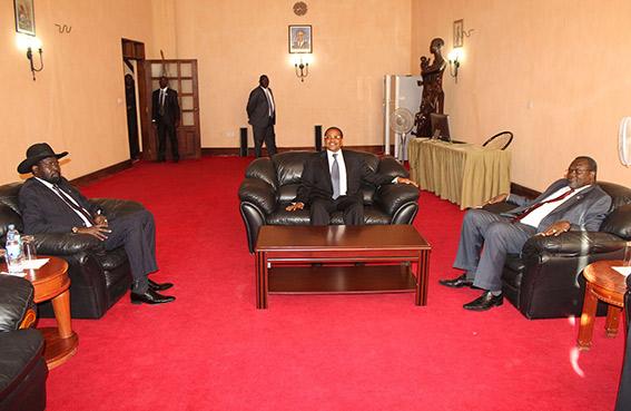 كير ومشار يتفقان على إنهاء العنف بجنوب السودان