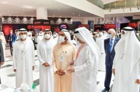 محمد بن راشد يزور معرضي آيدكس و نافدكس