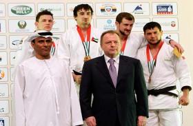 هزاع بن زايد يرعى بطولة عام زايد في أبوظبي للجودو