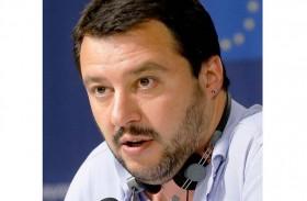 وزير إيطالي ينتقد منظمة وصفته بالفاشي